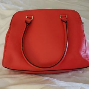 TRADED  WITH PINKUS ~PRETTY RED PURSE~NOT FOR SALE